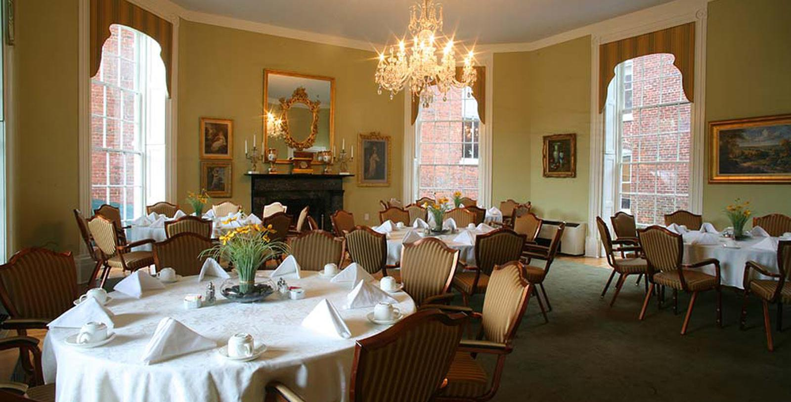 Image of Dining Room at Sister's American Grille at The Martha Washington Hotel & Spa, 1832, Member of Historic Hotels of America, in Abingdon, Virginia, Taste