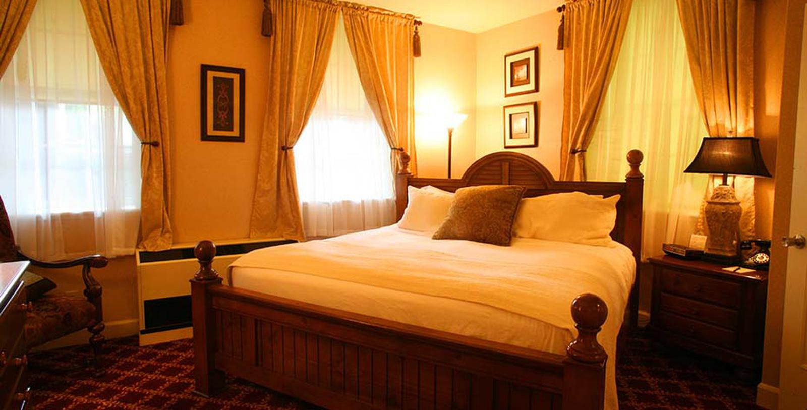 Image of Guestroom at The Martha Washington Hotel & Spa, 1832, Member of Historic Hotels of America, in Abingdon, Virginia, Location Map