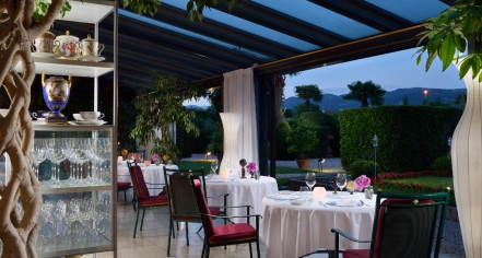 Dining at      Villa del Quar  in Verona