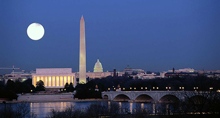 Local Attractions:      Capital Hilton  in Washington
