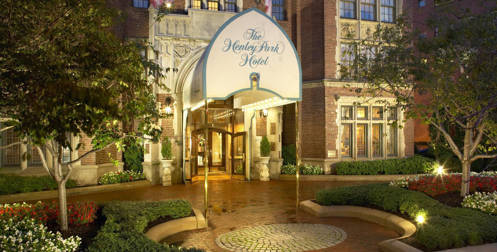 Image of Entrance The Henley Park Hotel, 1948, Member of Historic Hotels of America, in Washington, DC, Special Offers, Discounted Rates, Families, Romantic Escape, Honeymoons, Anniversaries, Reunions