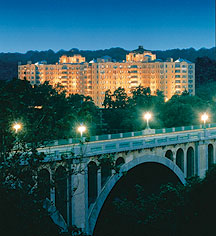 Local Attractions:      Omni Shoreham Hotel, Washington DC  in Washington
