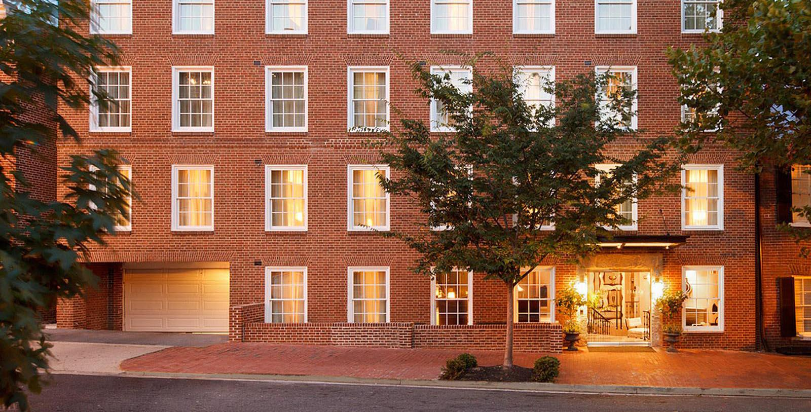 Image of Entrance The Graham Georgetown, Tapestry Collection by Hilton, 1962, Member of Historic Hotels of America, in Washington, DC, Overview
