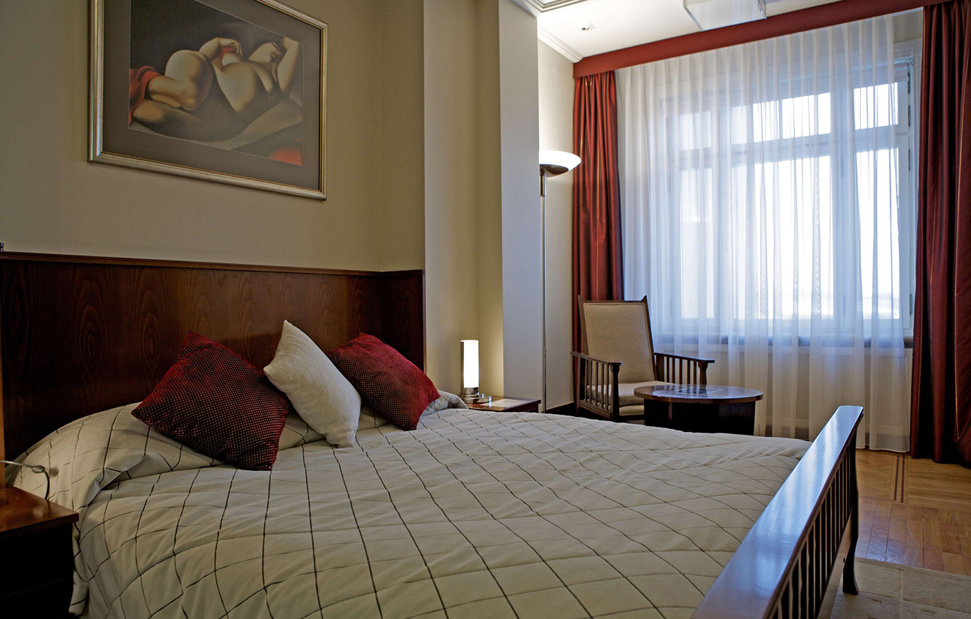 Special Offers:      Hotel Rialto  in Warsaw