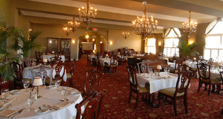 Dining at      The Mimslyn Inn  in Luray