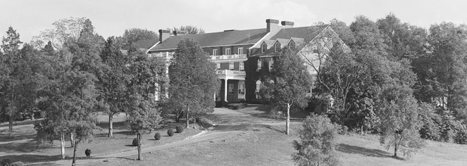 History:      The Mimslyn Inn  in Luray