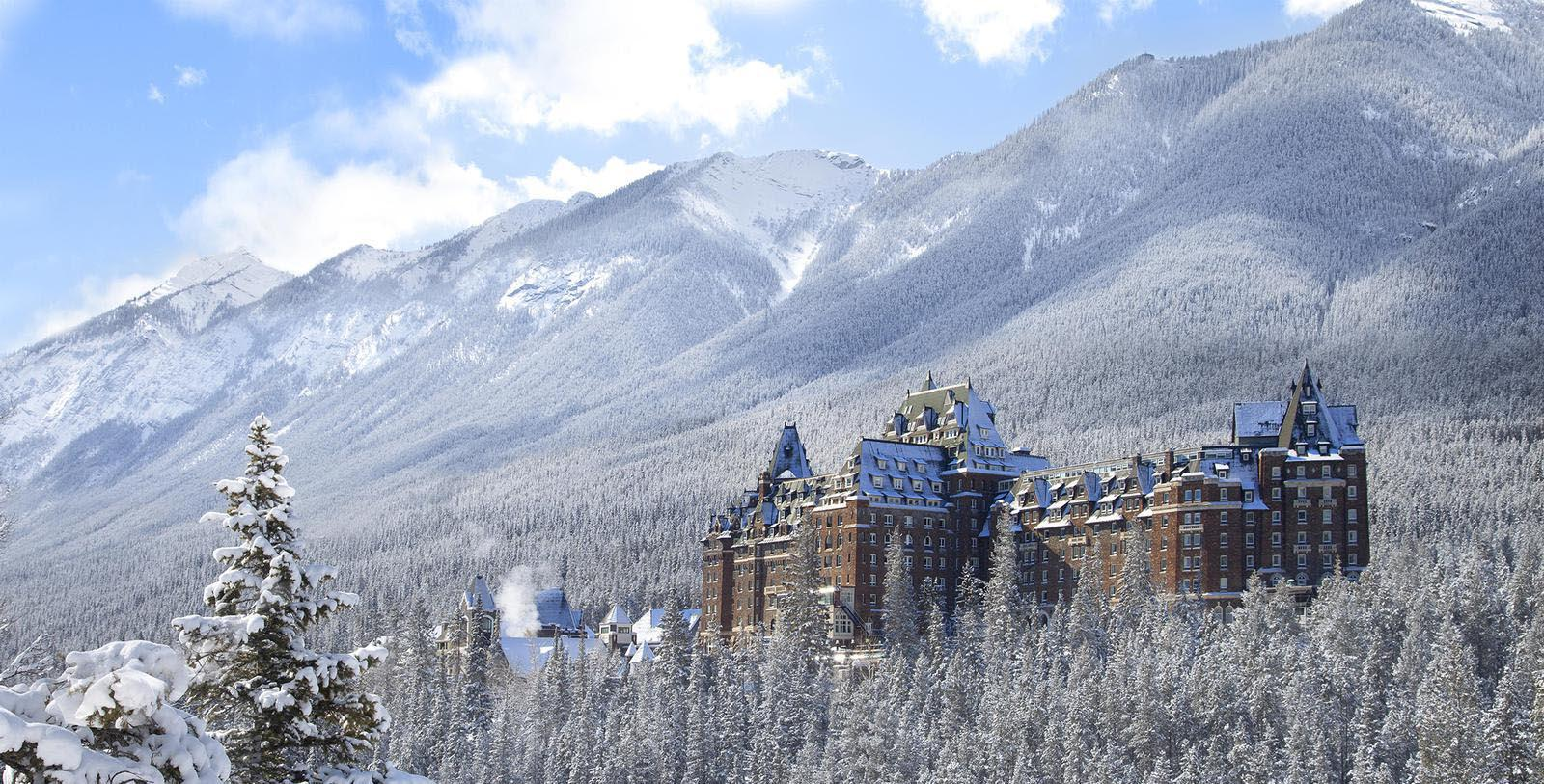 Image of hotel exterior Fairmont Banff Springs, 1888, Member of Historic Hotels Worldwide, in Banff, Alberta, Canada, Special Offers, Discounted Rates, Families, Romantic Escape, Honeymoons, Anniversaries, Reunions