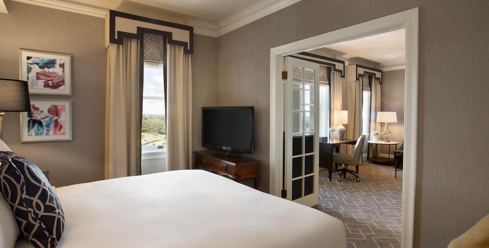 Image of guestroom Fairmont Hotel Macdonald, 1915, Member of Historic Hotels Worldwide, in Edmonton, Canada,Hot Deals