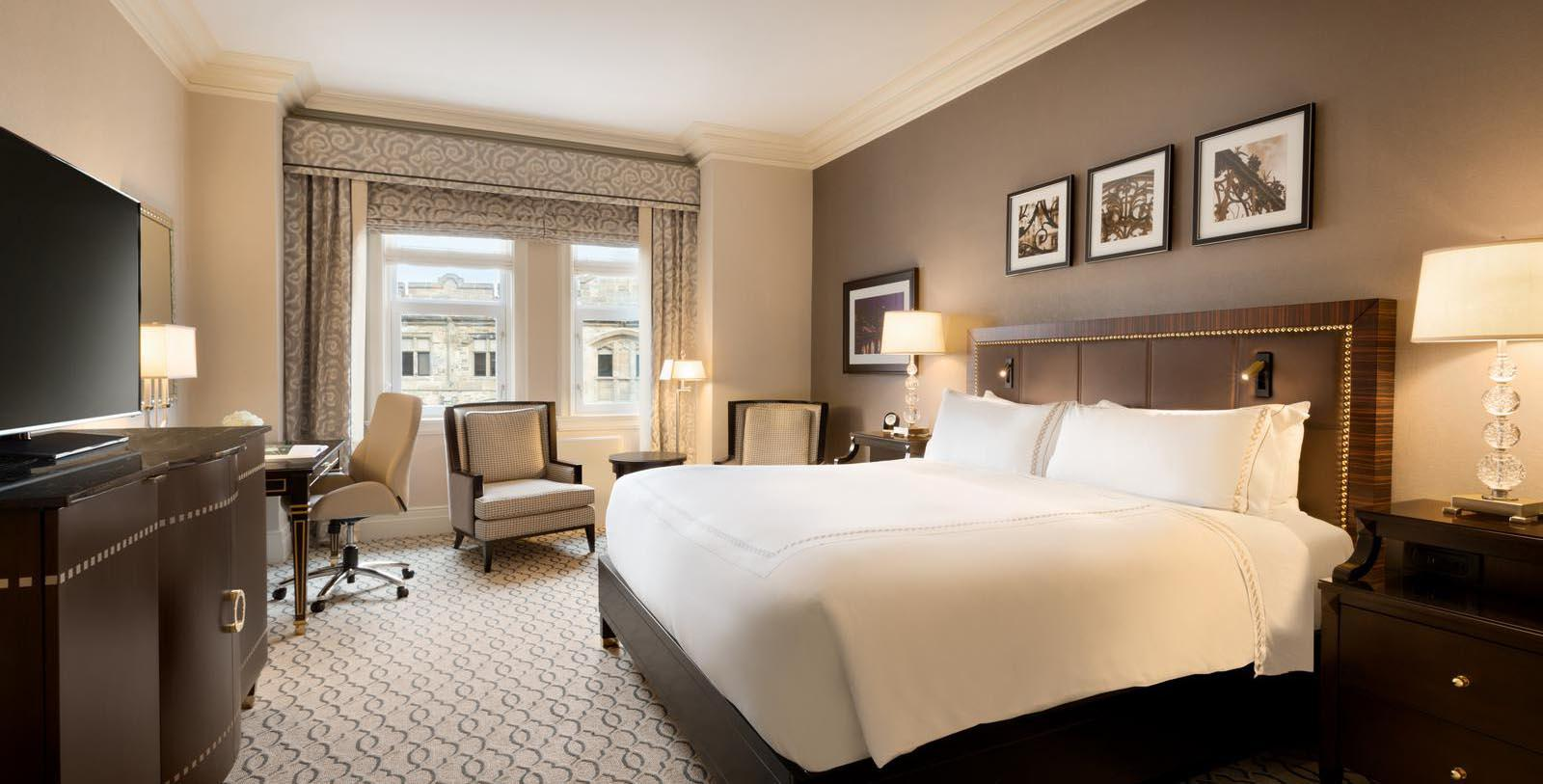 Image of guestroom Fairmont Château Laurier, 1912, Member of Historic Hotels Worldwide, in Ottowa, Canada, Explore