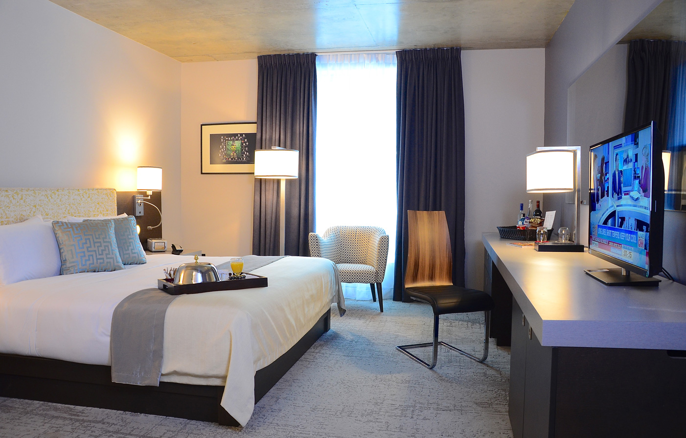 Customer Reviews:      Hotel 10  in Montreal