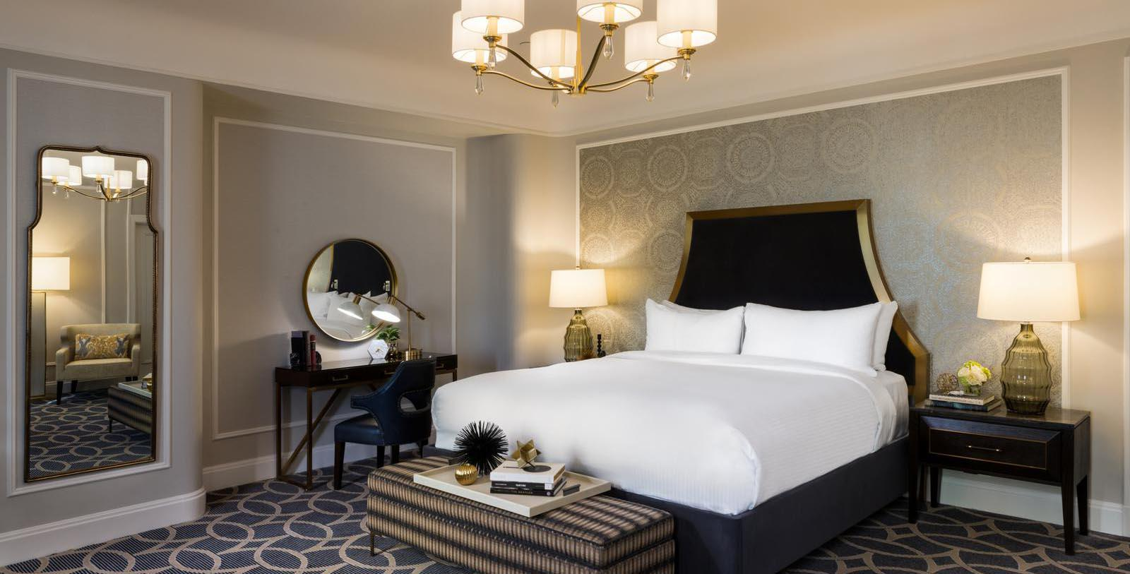 Image of guestroom Fairmont Hotel Vancouver, 1939, Member of Historic Hotels Worldwide, in Vancouver, Canada, Location Map
