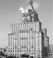 History:      Fairmont Hotel Vancouver  in Vancouver