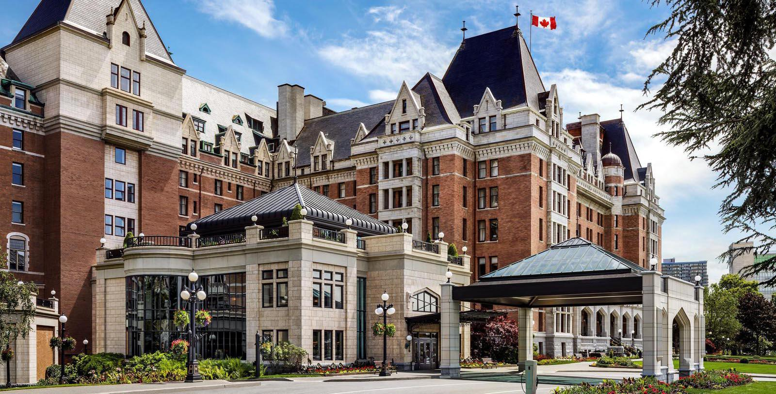 Image of hotel exterior Fairmont Empress, 1908, Member of Historic Hotels Worldwide, in Victoria, British Columbia, Canada, Special Offers, Discounted Rates, Families, Romantic Escape, Honeymoons, Anniversaries, Reunions