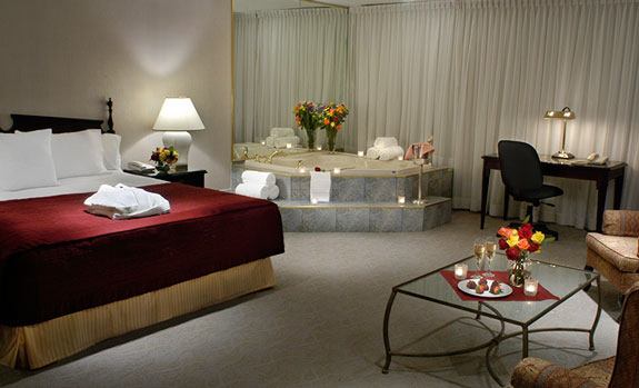 International Plaza Hotel  - Accommodations