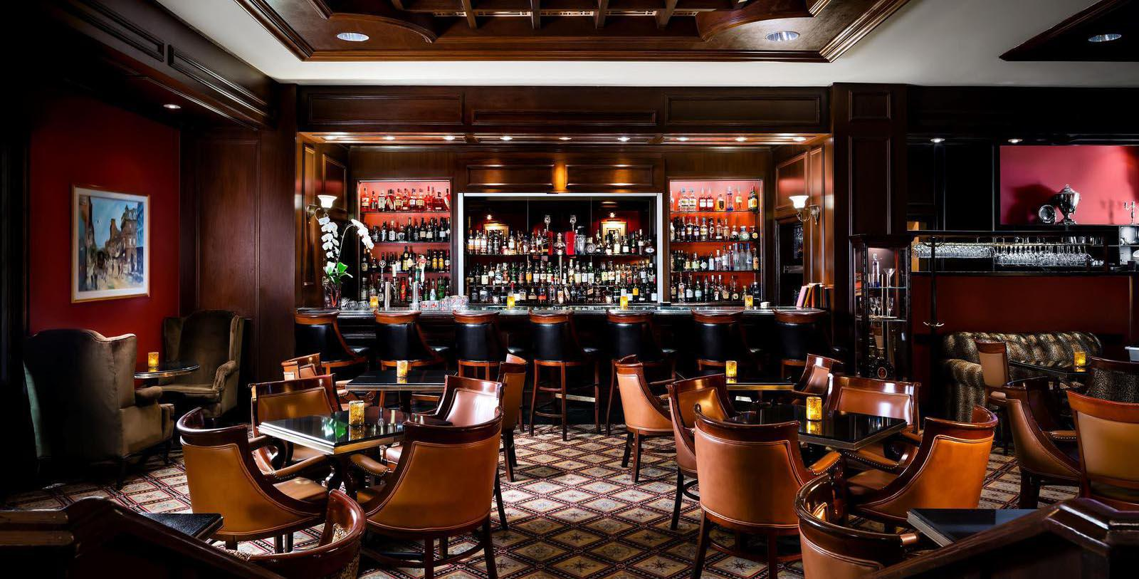 Image of the Library Bar of the Fairmont Royal York hotel in Toronto, Ontario, Canada