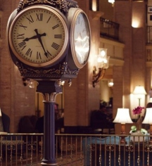 History:      Fairmont Royal York  in Toronto
