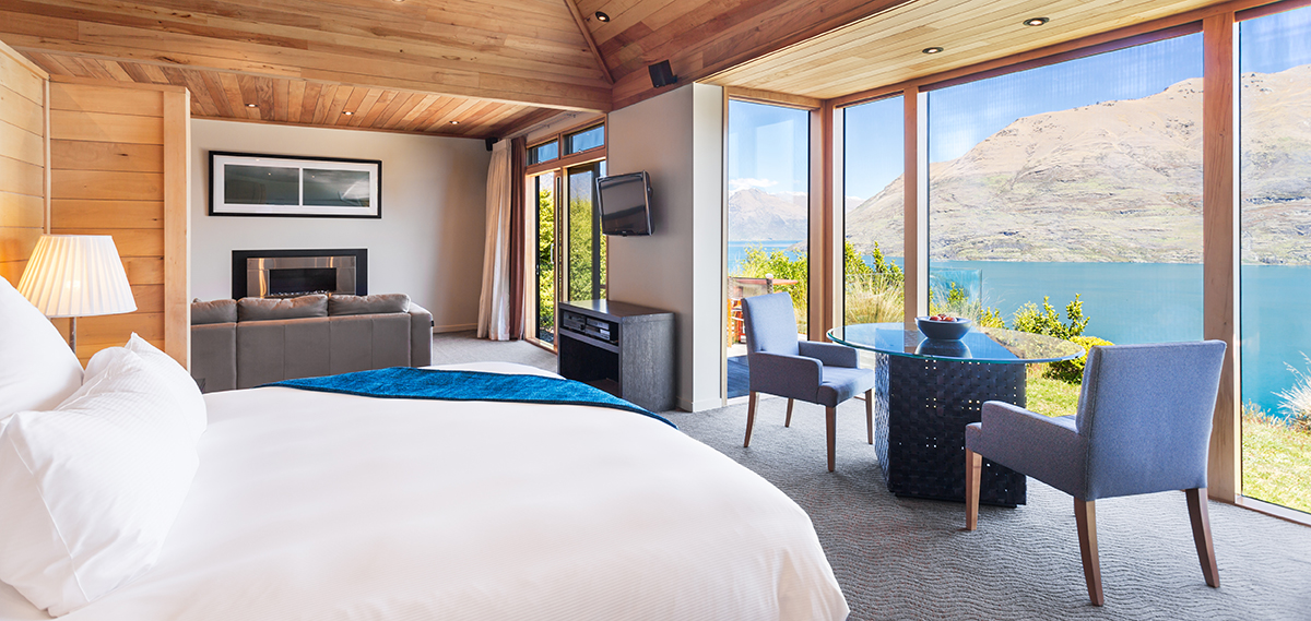 Accommodations:      Azur  in Queenstown