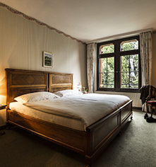 Accommodations:      Grandhotel Giessbach  in Brienz