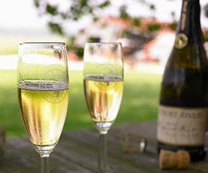 new-england-wine.jpg