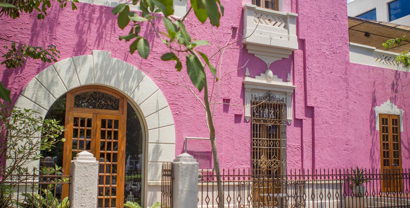 Discover the Spanish Colonial Revival architecture of this amazing historic hotel.