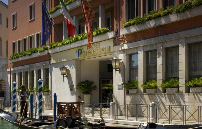 Daytime exterior and entrance of the Hotel Papadopoli Venezia – MGallery by Sofitel in Venice, Italy.