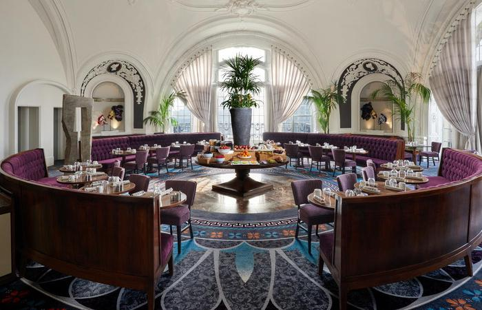 Image of XIX (NINETEEN) Café restaurant at The Bellevue Hotel in Philadelphia, Pennsylvania.