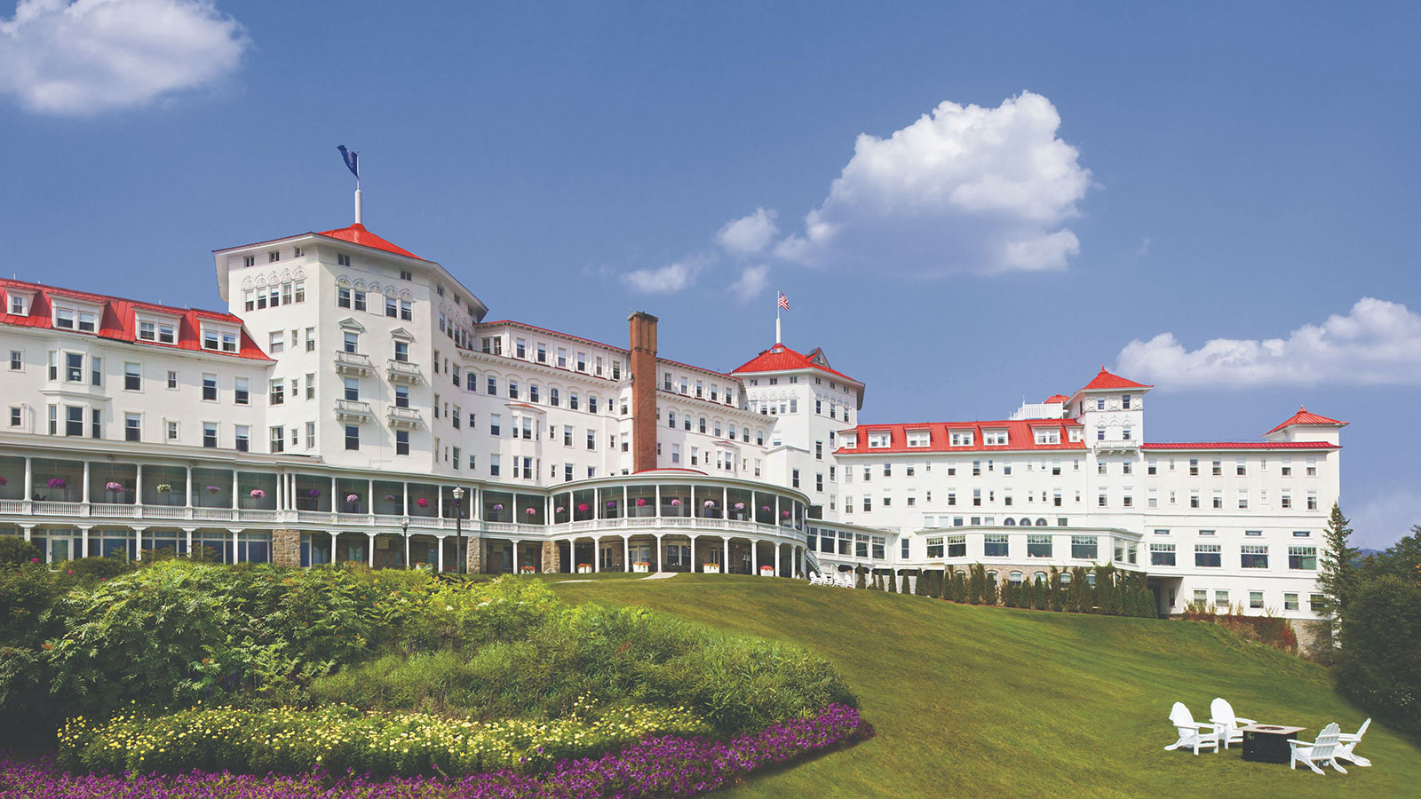 Image of Exterior Overview Omni Mount Washington Resort Bretton Woods New Hampshire