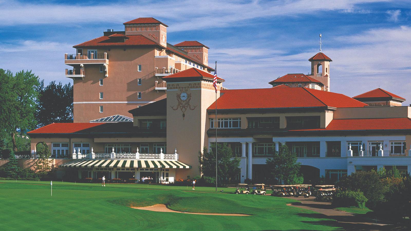 Image of championship golf course at The Broadmoor in Colorado Springs, Colorado.
