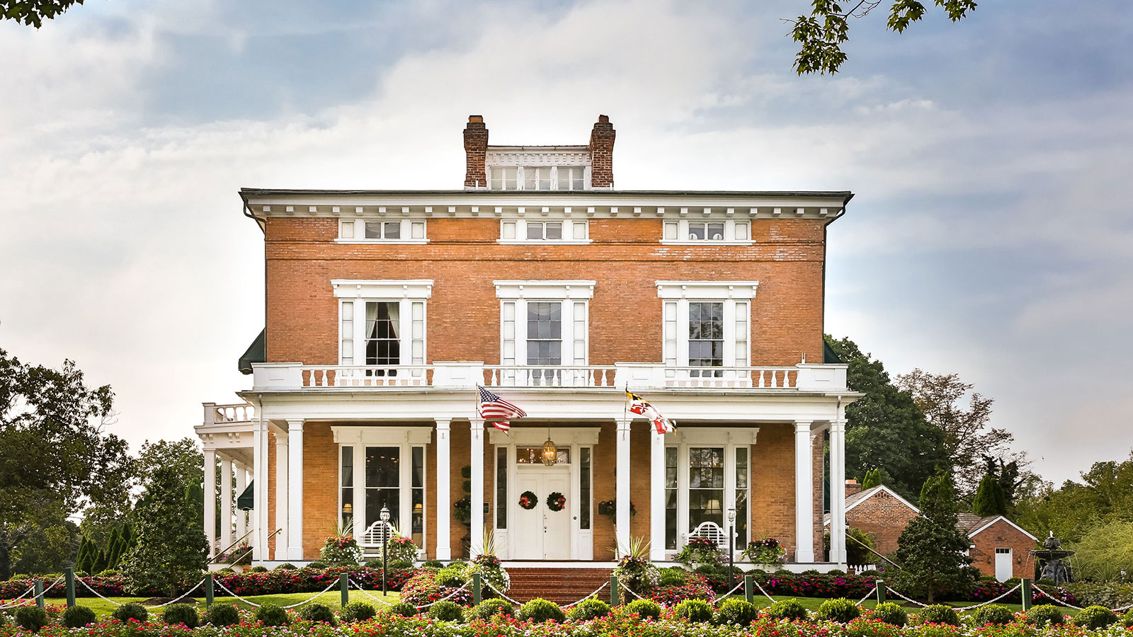 Discover the Greek Revival-style architecture of this 17,000-square-foot mansion.